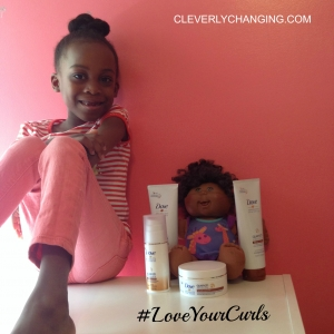 This mom teaches her girls to embrace their curls. #loveyourcurls